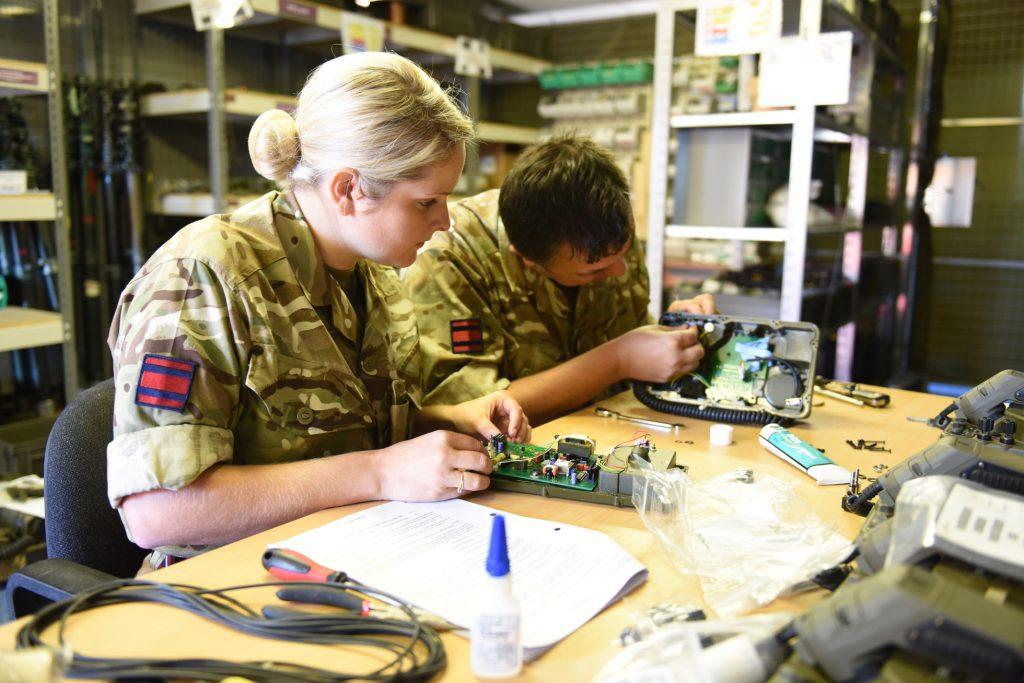 Army Reserve Royal Engineer C3S operators/signallers train in equipment repair