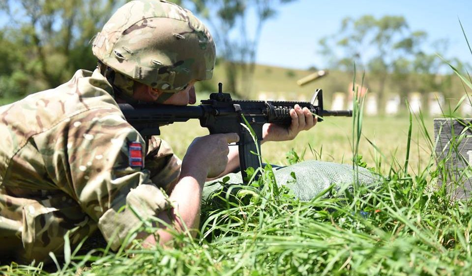 Army Reserve Royal Engineer soldier from the West Midlands based 225 Field Squadron sub-unit of The R Mon RE(M) trains on the American M4 service rifle whilst on a joint construction exercise with the Americans in Romania #ExRESOLUTECASTLE